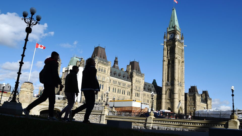 Indian immigrants set new record for PR in Canada